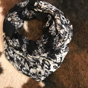 Express infinity floral scarf - black and white